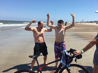 paul and max flexing